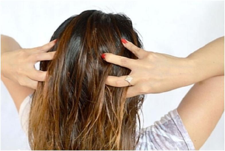 Втирайте средство в корни волос в течении 5 минут